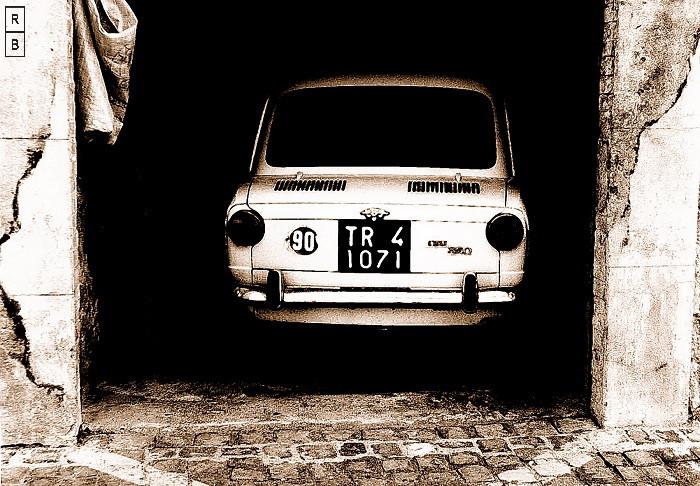 Fiat 850 (700)  new